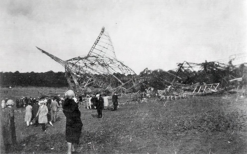 R101-airship-wreckage-1930