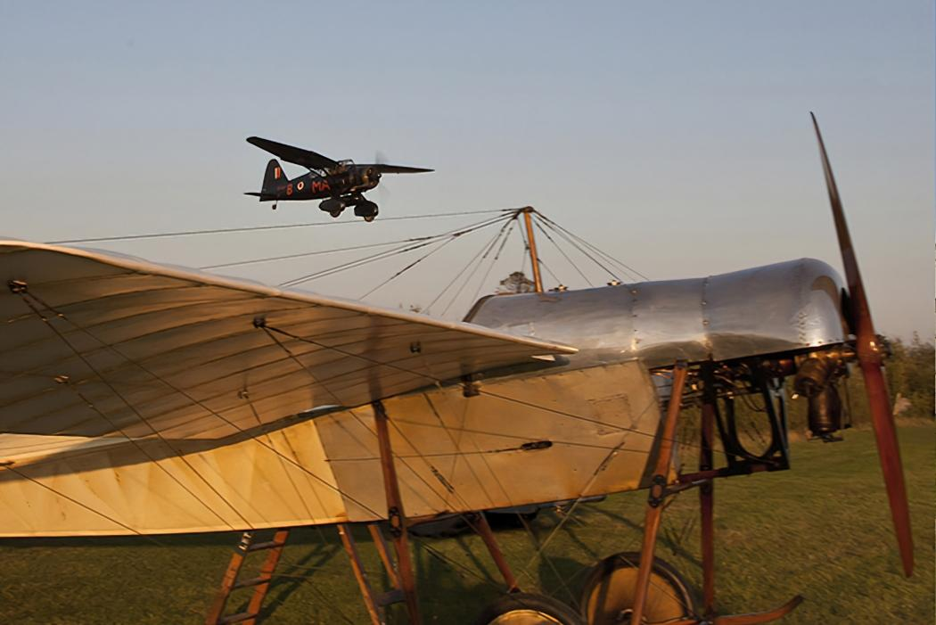 Shuttleworth-drive-in-airshow1000pxw