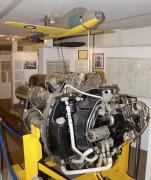 WarwickshireMidland-Air-MuseumW2-700-engine-1